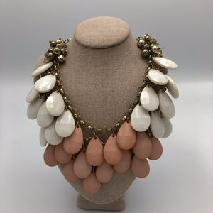 Francesca's pink and white statement necklace